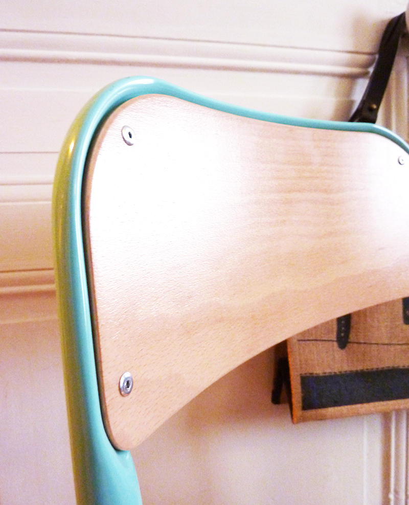 chaise-ecole-landmade-bleue-03
