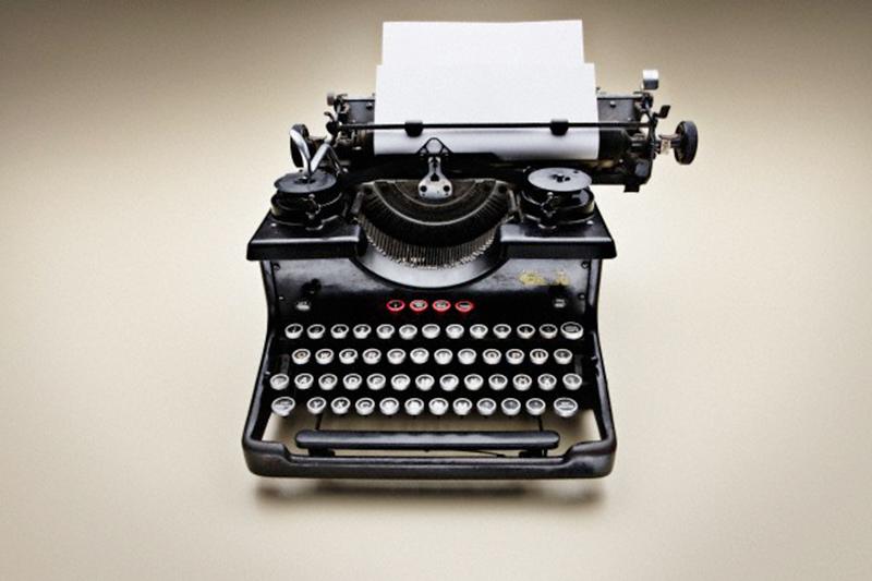machine-a-ecrire-creer-mon-livre