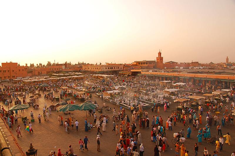Maroc_Marrakech_place-panorama_Jemaa-el-Fna